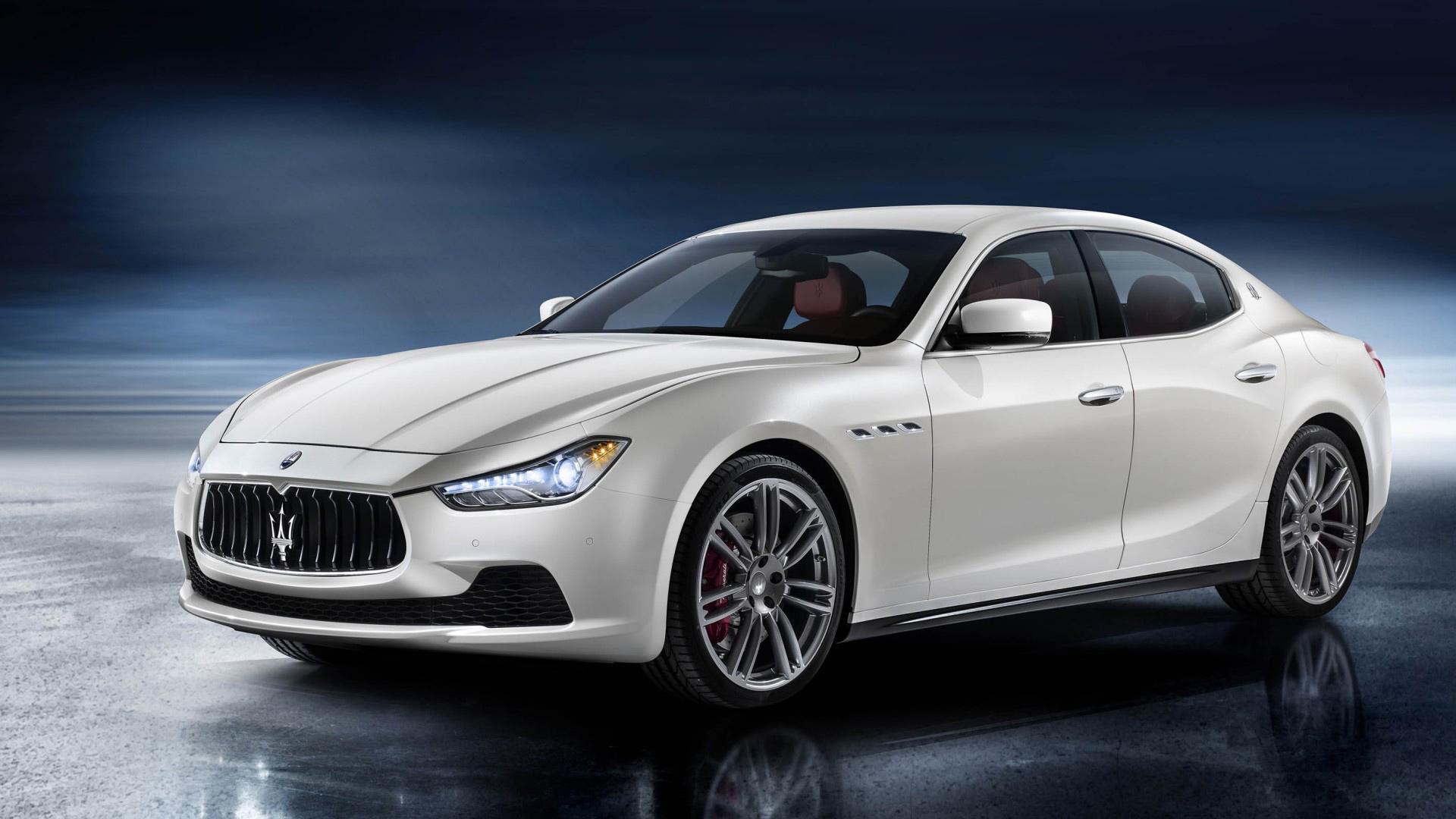Best_Maserati_Ghibli_White.jpg